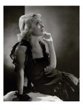 Vanity Fair - November 1932 Regular Photographic Print by Horst P. Horst
