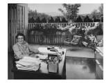 House & Garden - August 1949 Regular Photographic Print by Julius Shulman