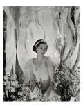 Vanity Fair - April 1933 Regular Photographic Print by George Hoyningen-Huené