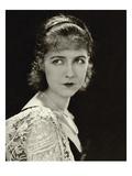 Vanity Fair - November 1928 Regular Photographic Print by George Hoyningen-Huené
