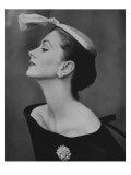 Vogue - August 1954 - Suzy Parker in Profile Premium Photographic Print by John Rawlings
