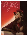 Vogue Cover - August 1933 Premium Giclee Print by George Hoyningen-Huené