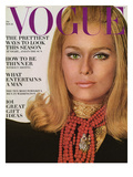 Vogue Cover - November 1966 Premium Giclee Print by Bert Stern
