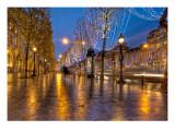 Christmas on the Champs Reproduction photographique sur papier de qualité par Trey Ratcliff