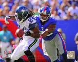Osi Umenyiora 2011 Action Photo