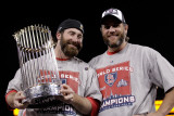 Game 7 - Rangers v Cardinals, St Louis, MO - October 28: Jason Motte and Lance Berkman Photographic Print by Pool .