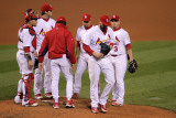 Game 7 - Rangers v Cardinals, St Louis, MO - October 28: Chris Carpenter and Tony La Russa Photographie par Doug Pensinger