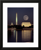 Moonrise over the Lincoln Memorial Framed Photographic Print