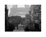 Eiffel Tower, Paris Giclee Print by Pete Seaward