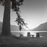 Crescent Lake I Kunstdrucke von Moises Levy