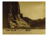 Canon De Chelly, Arizona, Navaho (Trail of Tears) Giclée-tryk af Edward S. Curtis