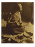 Native American Indian, the Potter (Nampeyo) Hopi Premium Giclee Print by Edward S. Curtis