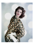 Vogue - November 1958 Regular Photographic Print af Karen Radkai