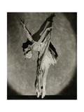 Vanity Fair - December 1923 Regular Photographic Print by Nickolas Muray