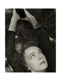 Vanity Fair - November 1934 Regular Photographic Print par Edward Steichen
