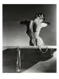 Vogue - September 1939 Regular Photographic Print par Horst P. Horst