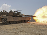 Marines Bombard Through a Live Fire Range Using M1A1 Abrams Tanks Fotografisk tryk af Stocktrek Images