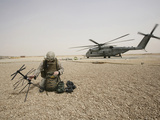 A Field Radio Operator Sets Up Satellite Communication Photographie par  Stocktrek Images