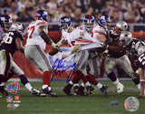 Eli Manning Super Bowl XLII Escaping Tackle Autographed Photo (Hand Signed Collectable) Photographie