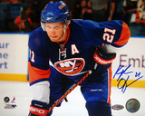 Kyle Okposo Autographed New York Islanders Blue JerseyPhotograph Photo