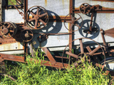 Detail of an Old Thresher on the Canadian Prairie Fotografiskt tryck av Pete Ryan
