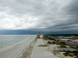 A Storm Rolls in over Gulf Shores, Alabama Fotografie-Druck von National Geographic Photographer
