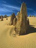 Pinnacle Desert, Nambung National Park, Australia Photographic Print by Matthias Breiter/Minden Pictures
