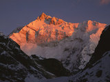 Dawn on Kangchenjunga, Talung Face, 8595m, Sikkim Himalaya, India Photographic Print by Colin Monteath/Minden Pictures