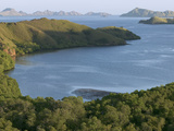Bay and Outlying Islands Off Rinca Island, Komodo National Park, Indonesia Fotografiskt tryck av Cyril Ruoso