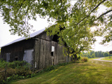 A Barn in the Maple Grove Road Rural Historic District Photographie par Steve Raymer
