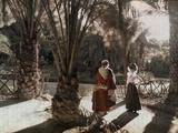 Two People in a Garden in Hamman-Rhira Lámina fotográfica por Courtellemont, Gervais