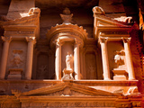 Detail of the Treasury, Al Khazneh, at Petra, Jordan Photographie par Kent Kobersteen