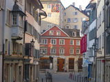 A Steet in Zurich's Old Town in the Morning Reproduction photographique par Greg Dale