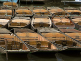 Boats Used for Punting in the Canals of Oxford Fotografisk tryk af Joe Petersburger