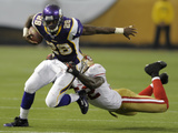 49ers Vikings Football: Minneapolis, MN - Adrian Peterson Photographic Print by Tom Olmscheid