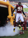 Saints Redskins Football: Landover, MD - Brian Orakpo Photographic Print by Nick Wass
