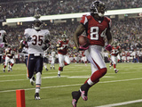 Bears Falcons Football: Atlanta, GA - Roddy White Photographic Print by John Amis