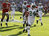 Jets Buccaneers Football: Tampa, FL - Darrelle Revis Photographic Print by Chris O&#39;Meara