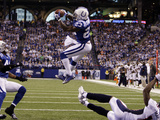 APTOPIX Broncos Colts Football: Indianapolis, IN - Antoine Bethea Photographic Print by Michael Conroy