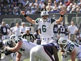 Patriots Jets Football: East Rutherford, NJ - Mark Sanchez Fotografisk trykk av Bill Kostroun