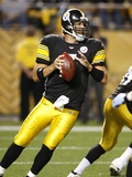 Titans Steelers Football: Pittsburgh, PA - Ben Roethlisberger Photographic Print