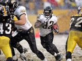 Jaguars Steelers Football: Pittsburgh, PENNSYLVANIA - Maurice Jones Drew Prints by Keith Srakocic