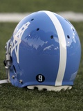 Hall Of Fame Game Football: Canton, OH - Tennessee Titans Helmet Plakater av Tony Dejak