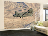 Italian Army Ch-47C Chinook Helicopter in Flight over Afghanistan Fototapeta – duża autor Stocktrek Images