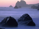 USA, California, Redwood National Park, Rocky shore with surf, dusk Photographic Print by Theo Allofs