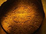 Aztec Carved Calendar Stone Fotografisk tryk af Randy Faris