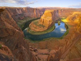 Horseshoe Bend on Colorado River Lámina fotográfica por John Eastcott & Yva Momatiuk