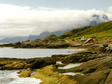Norway/Lofoten: rocky coast and mountain Himmeltinden Photographie par W. Krecichwost