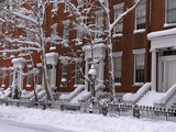 Brownstones in Blizzard Fotografie-Druck von Rudy Sulgan