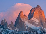 Pink Cumulus Clouds Above Fitzroy Massif, Glaciers National Park Photographic Print by John Eastcott & Yva Momatiuk